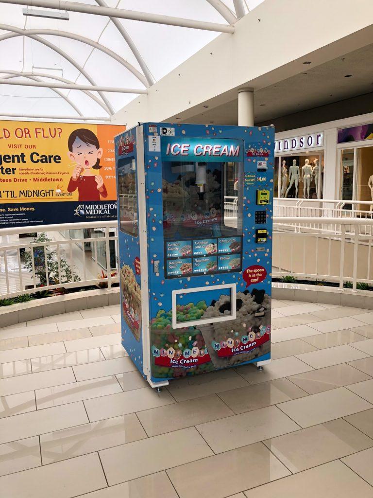 Ice Cream vending in mall